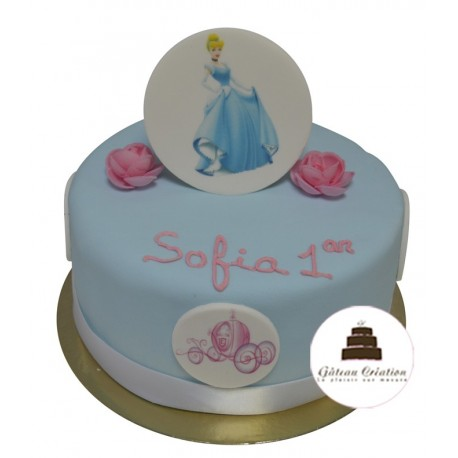 Gâteau d'anniversaire logo Princesse Cendrillon