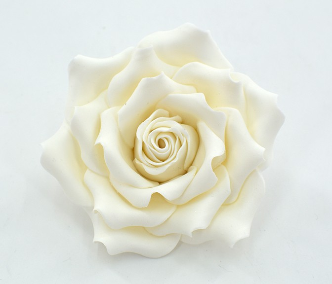 Roses en sucres blanches